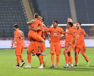 futboltr_basaksehir_akhisar