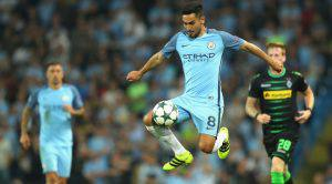MANCHESTER, ENGLAND - SEPTEMBER 14: Ilkay Gundogan of Manchester City in action during the UEFA Champions League match between Manchester City FC and VfL Borussia Moenchengladbach at Etihad Stadium on September 14, 2016 in Manchester, England. (Photo by Richard Heathcote/Getty Images)